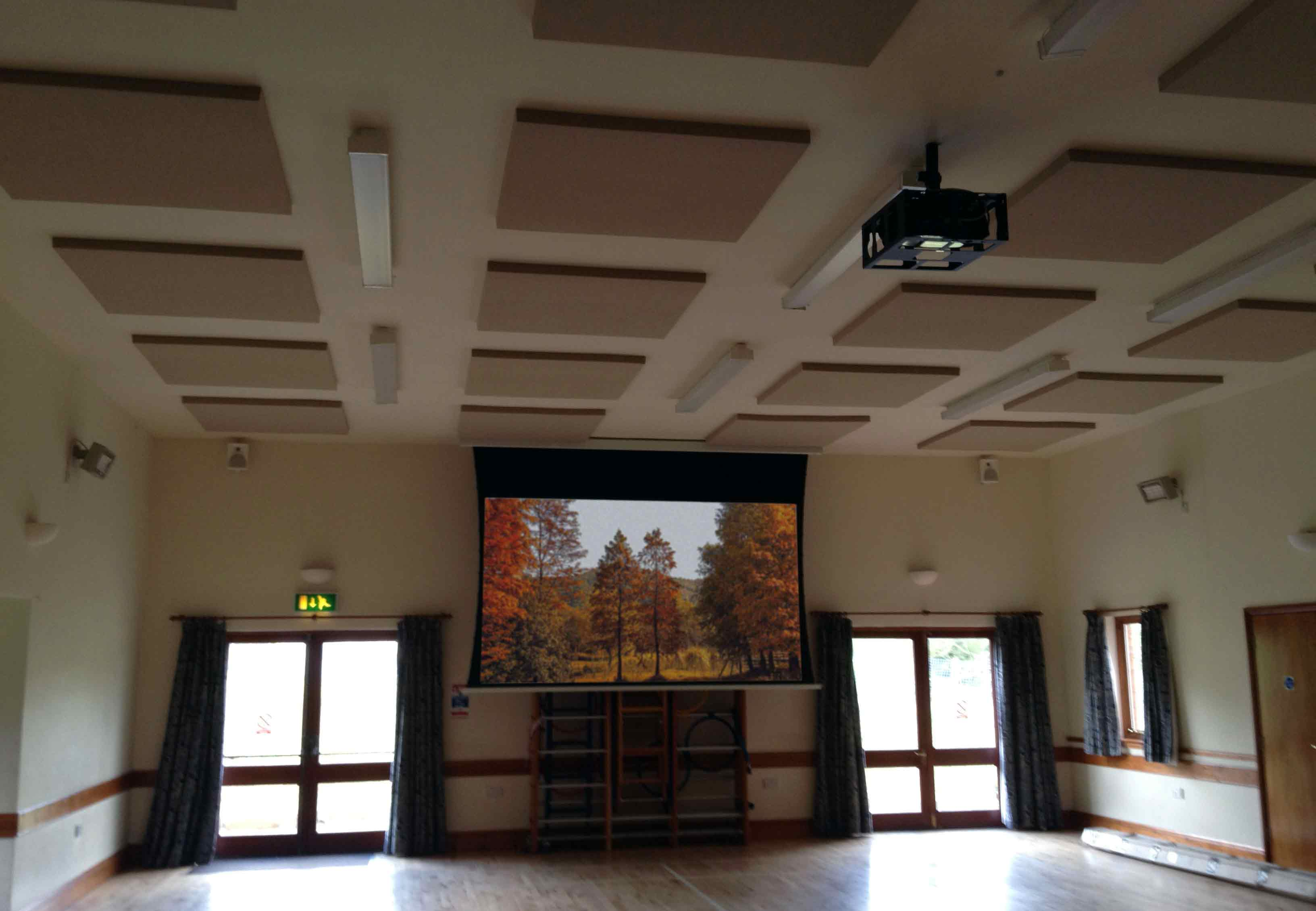 Large tab-tensioned projector screen